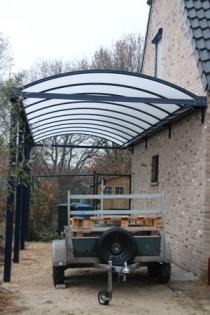 B&F Aluwerken komt op één dag tijd een moderne carport bouwen bij je thuis.