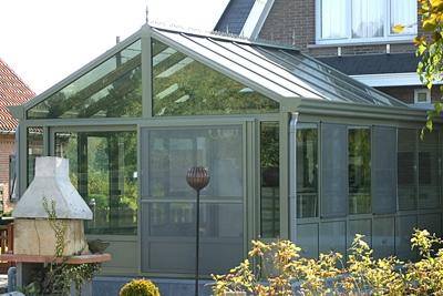 Wens je meer info over een veranda bouwen als tuinkamer? Neem dan contact op met B&F Aluwerken, jouw verandaspecialist!